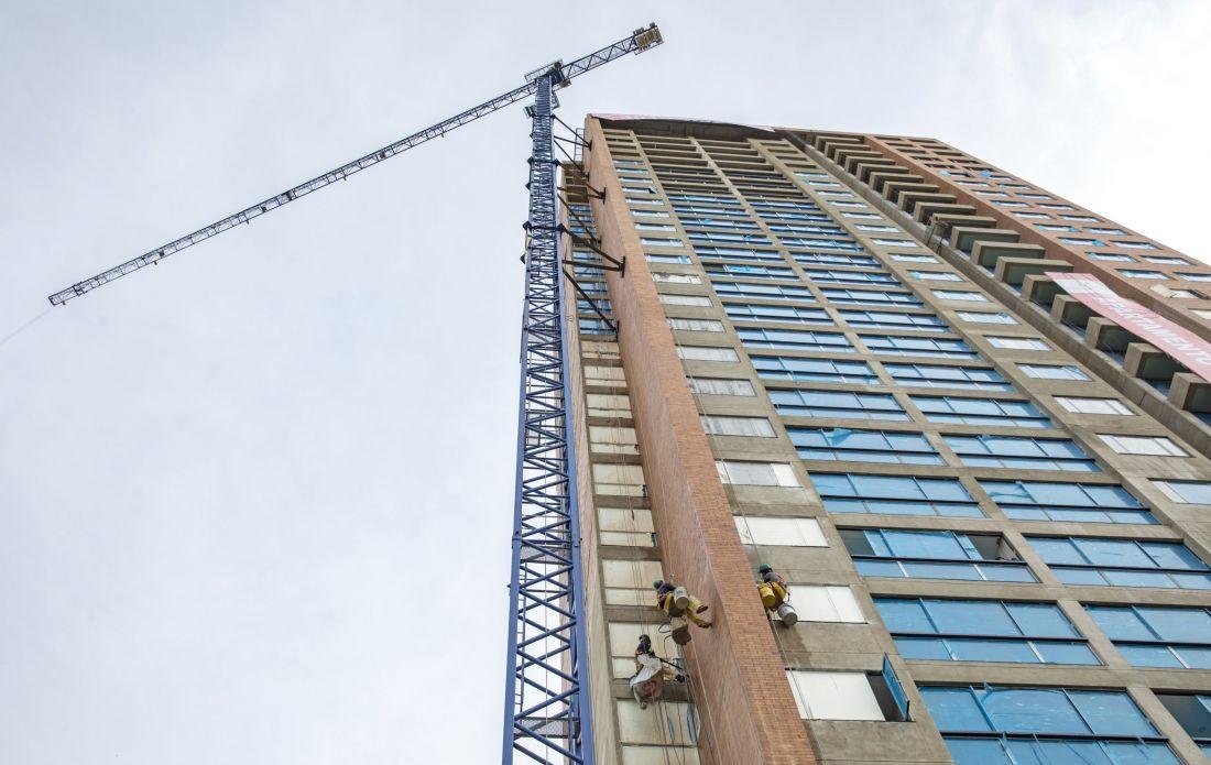 Construcción: manos a las obras