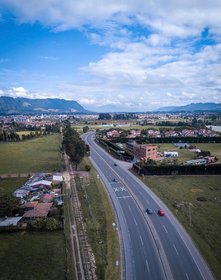 Toque de queda, ley seca y pico y cédula en Cundinamarca