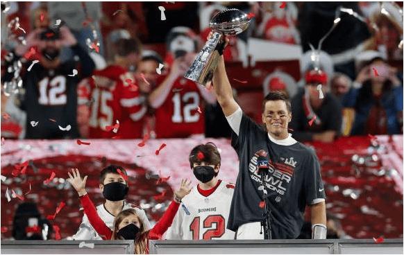 Super Bowl: Tom Brady y The Weeknd las estrellas de la noche