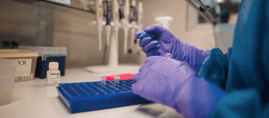 Presidente Iván Duque invita a farmacéuticas nacionales a producir vacunas