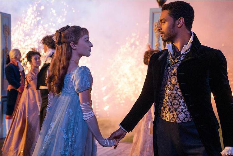 'Bridgerton' la serie que batió el récord de audiencia en Netflix