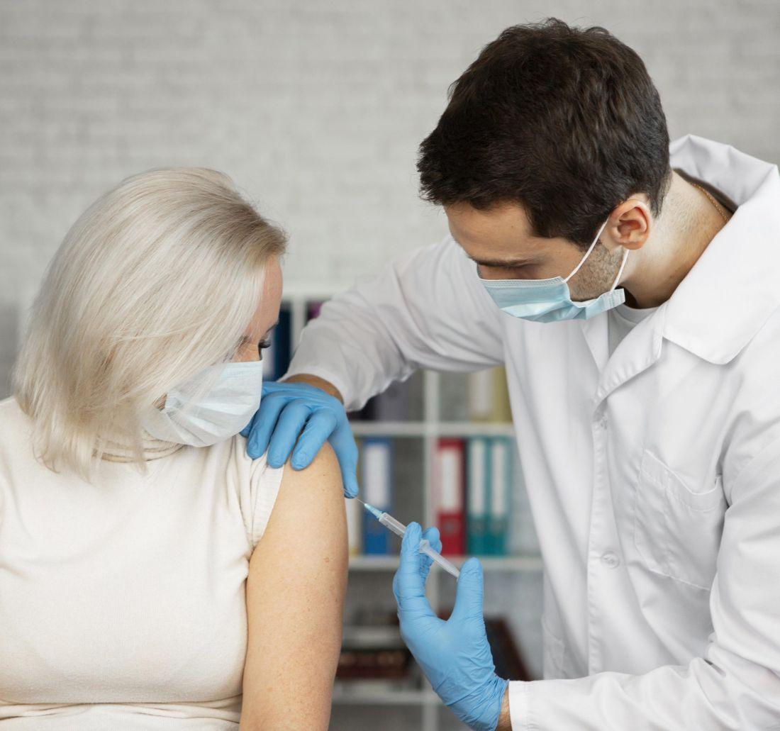 ¡Ojo! Hoy inicia la vacunación para personas mayores de 60 años