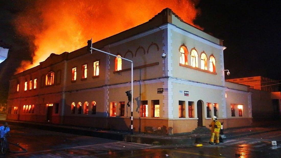 'Primera Línea' incendió el Palacio de Justicia de Tuluá: Gobierno