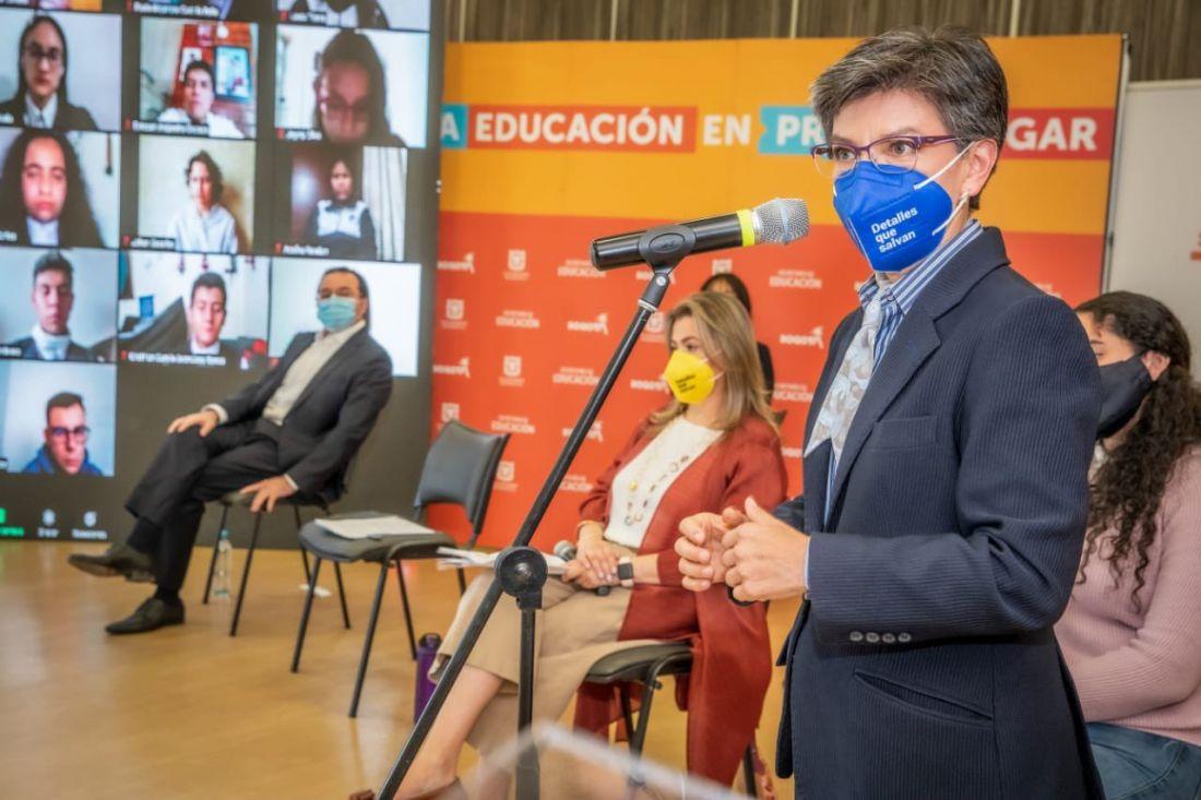 """No parar para estancar"": Claudia López al Comité de Paro, que plantea tomarse Bogotá"