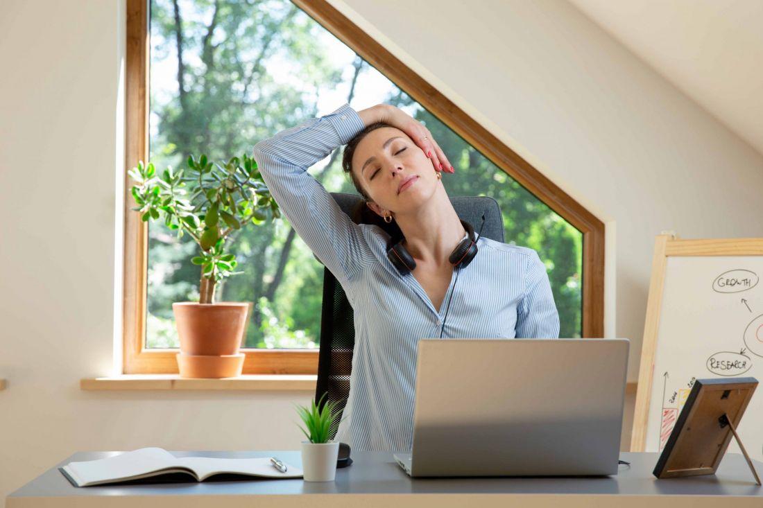 Si trabaja más de 11 horas al día, ojo con el cerebro y el corazón