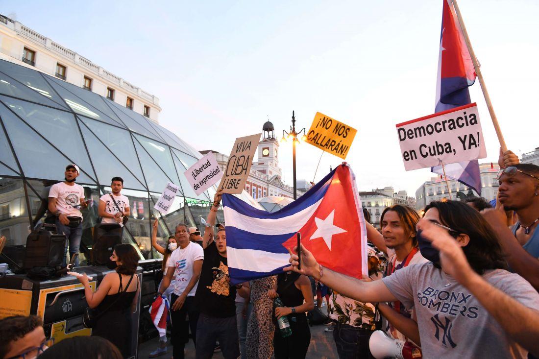 Los cubanos le gritan al mundo 'patria y vida'