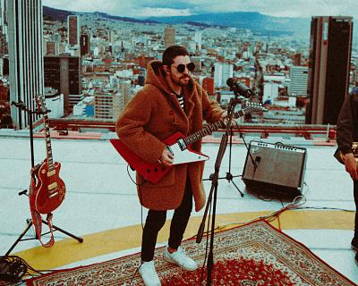 Juan Pablo Vega habla de sus múltiples facetas musicales
