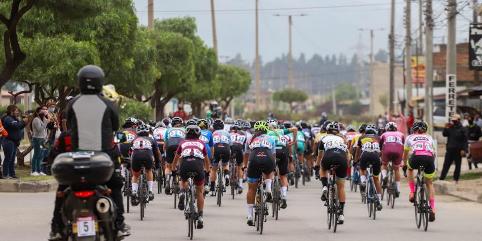 Comenzó la sexta edición de la Vuelta a Colombia Femenina