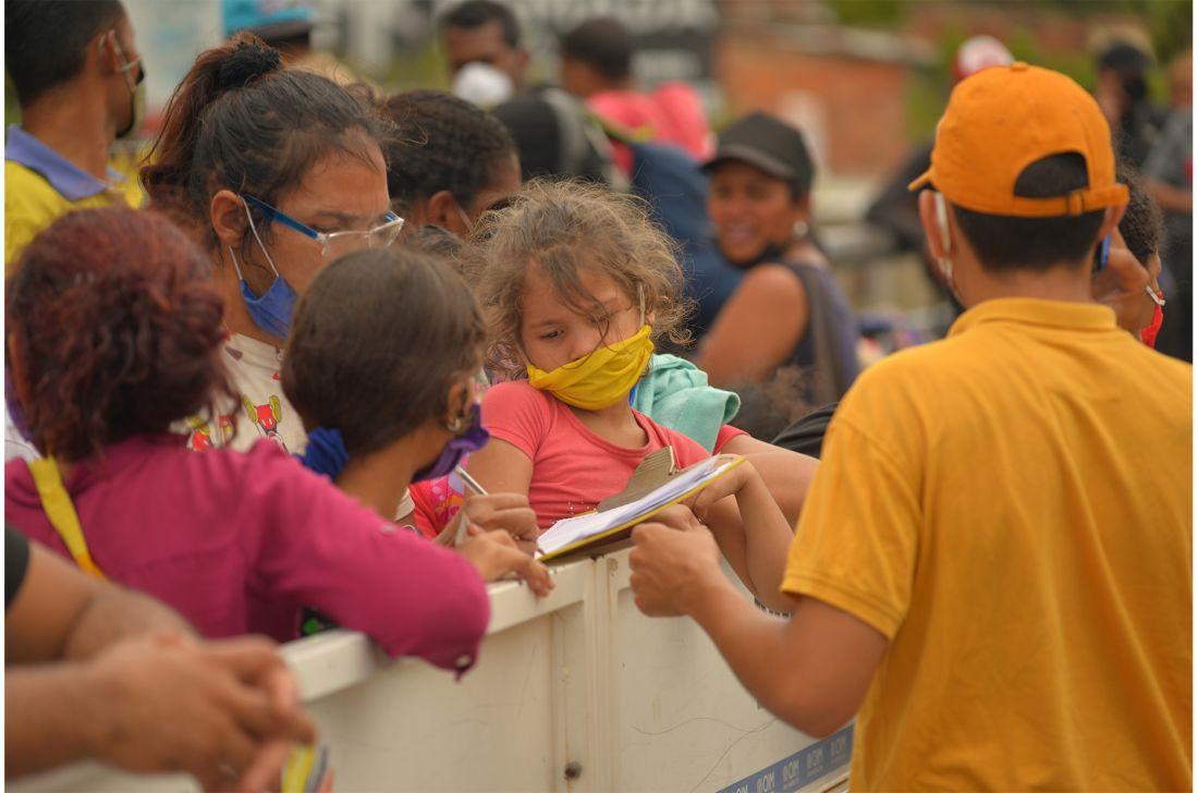 Más del 56% de los inmigrantes venezolanos siguen de manera irregular en Colombia