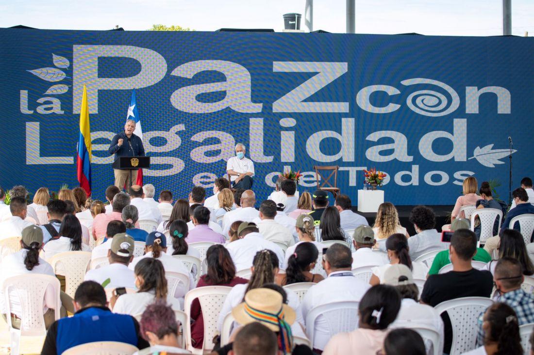 Cinco años del Acuerdo de Paz:  Duque y Santos se enfrentan por balance